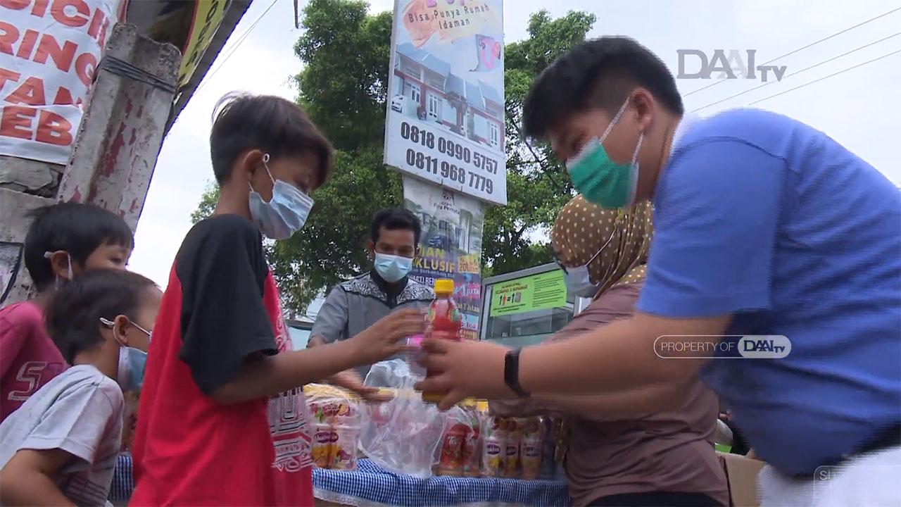 Donasi-Makanan-untuk-Berbuka-Puasa-_-Sumbangsih-Muda-Mudi-Tzu-Chi-3-42-screenshot